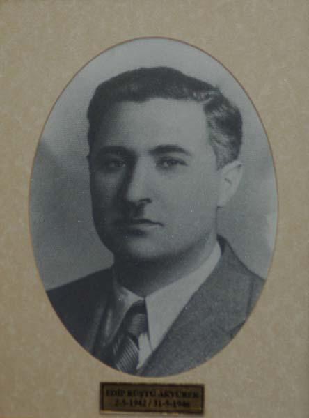 src=idr/baskanlar/EDİP-RÜŞTÜ-AKYÜREK-1942-1946.jpg