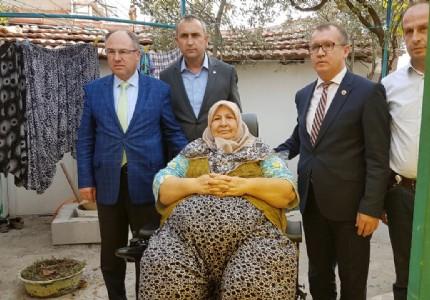 Büyükşehir'in şefkatli eli Soma'ya uzandı