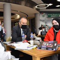 Bursa'da çok okuyan çok gezer