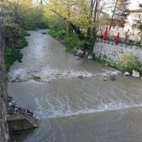 Doğancı Barajı da su salmaya başladı